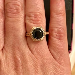 Jewelry - Fashion ring black stone rose gold tone